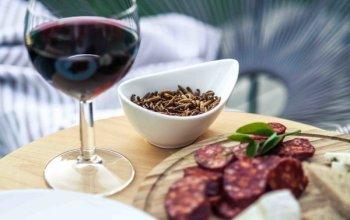 Domácí degustace vín - Zemská vína + bedna šesti…