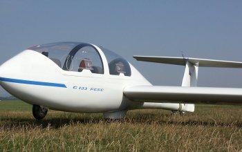 | Akrobatické lety