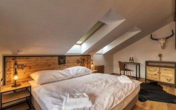 Pivní hotel Zlatá kráva - pípa na pokoji + pivní…