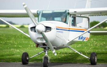 Vzrušující pilotování letadla na zkoušku