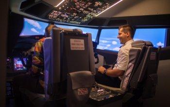 Letecké simulátory a trenažéry