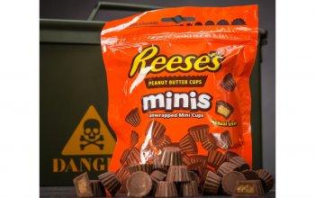 Dárková Army bedna plná sladkostí