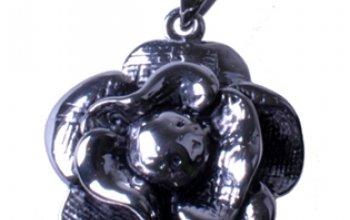 Ocelový přívěšek - kytička - OPP1037