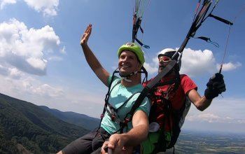 Tandemový paragliding - akrobatický let