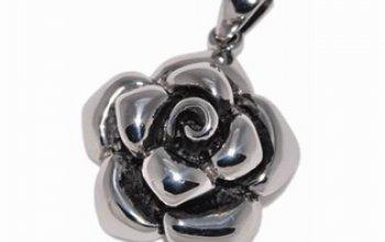 Ocelový přívěšek - růže - OPP1013